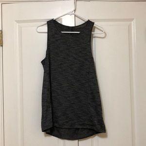 T-shirt/ tank top